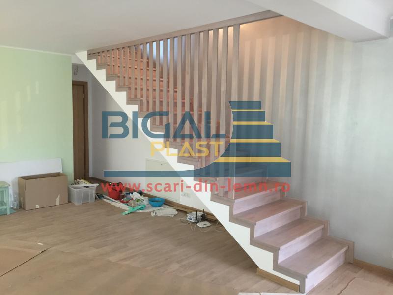 Placare scari din beton cu lemn